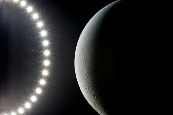 l_moon_01